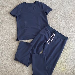 Figs charcoal gray scrubs , like new